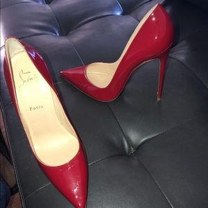 Red bottoms ❤️❤️